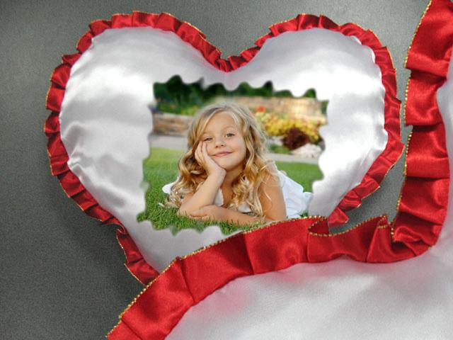 сердце с рюшью красное